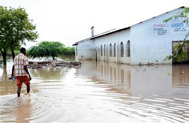 82Malawi Floods